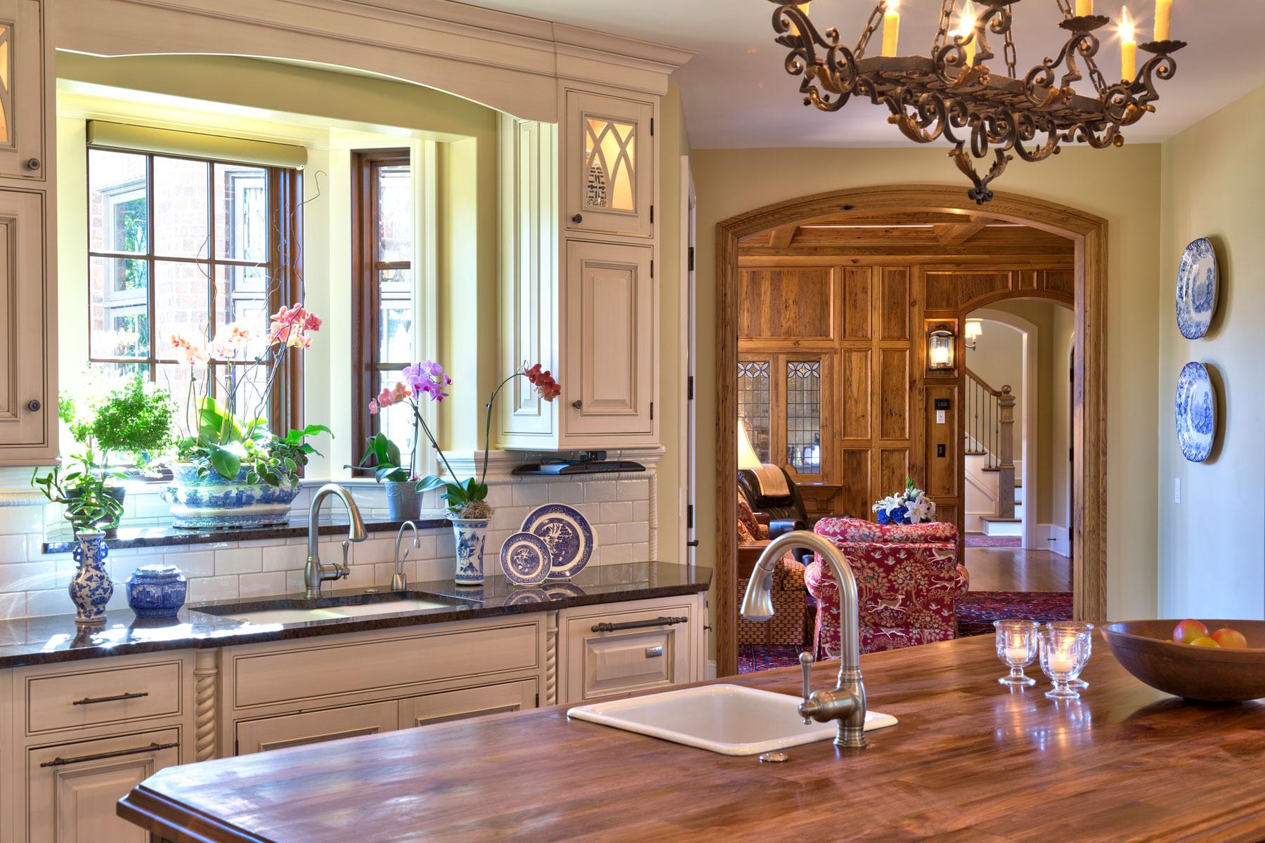 kitchen-view-to-den