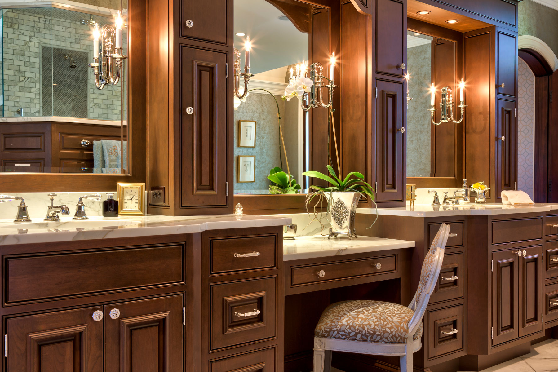 luxury-master-bath-custom-vanity