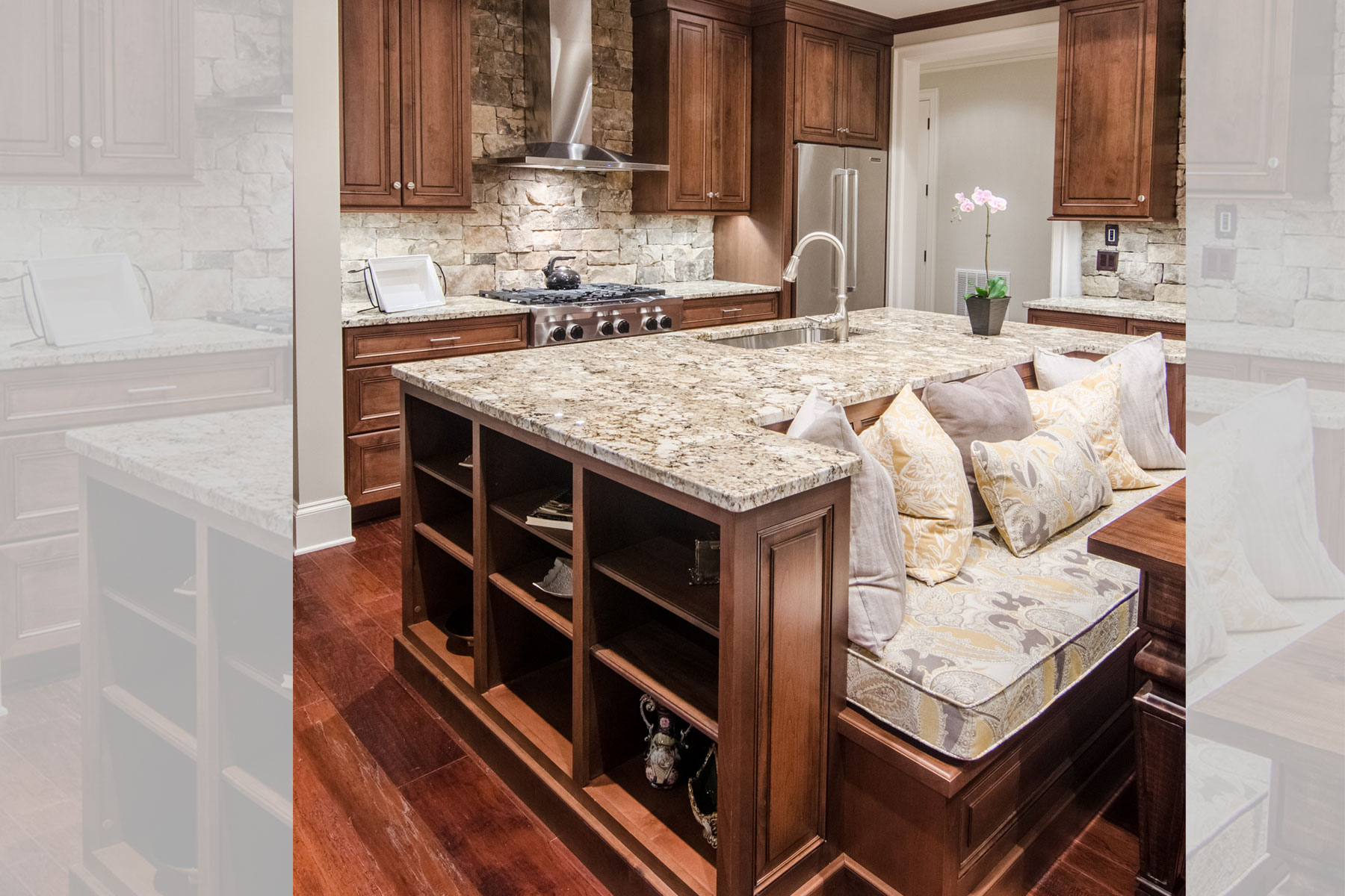 built-in-banquet-eat-in-gourmet-kitchen
