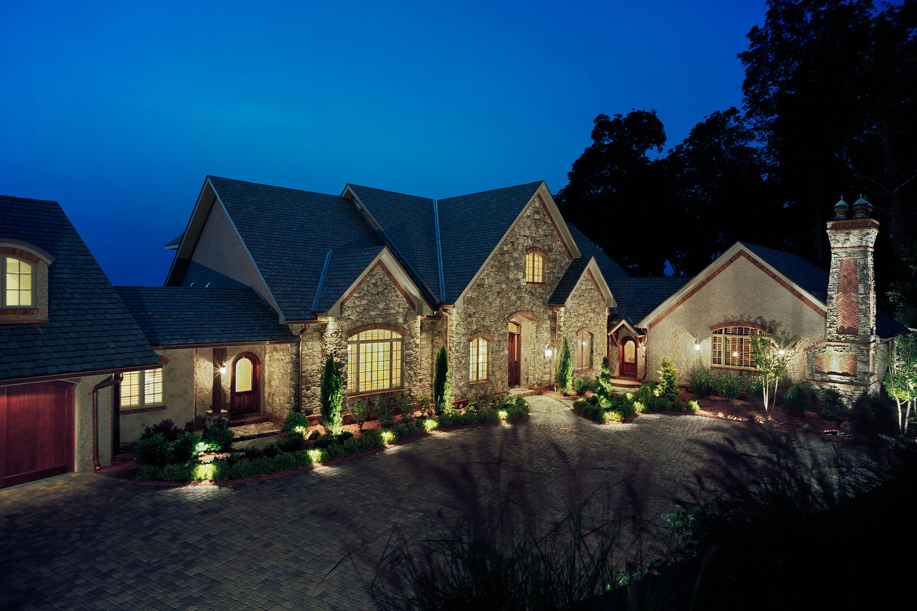 custom-designed-luxury-mountain-home