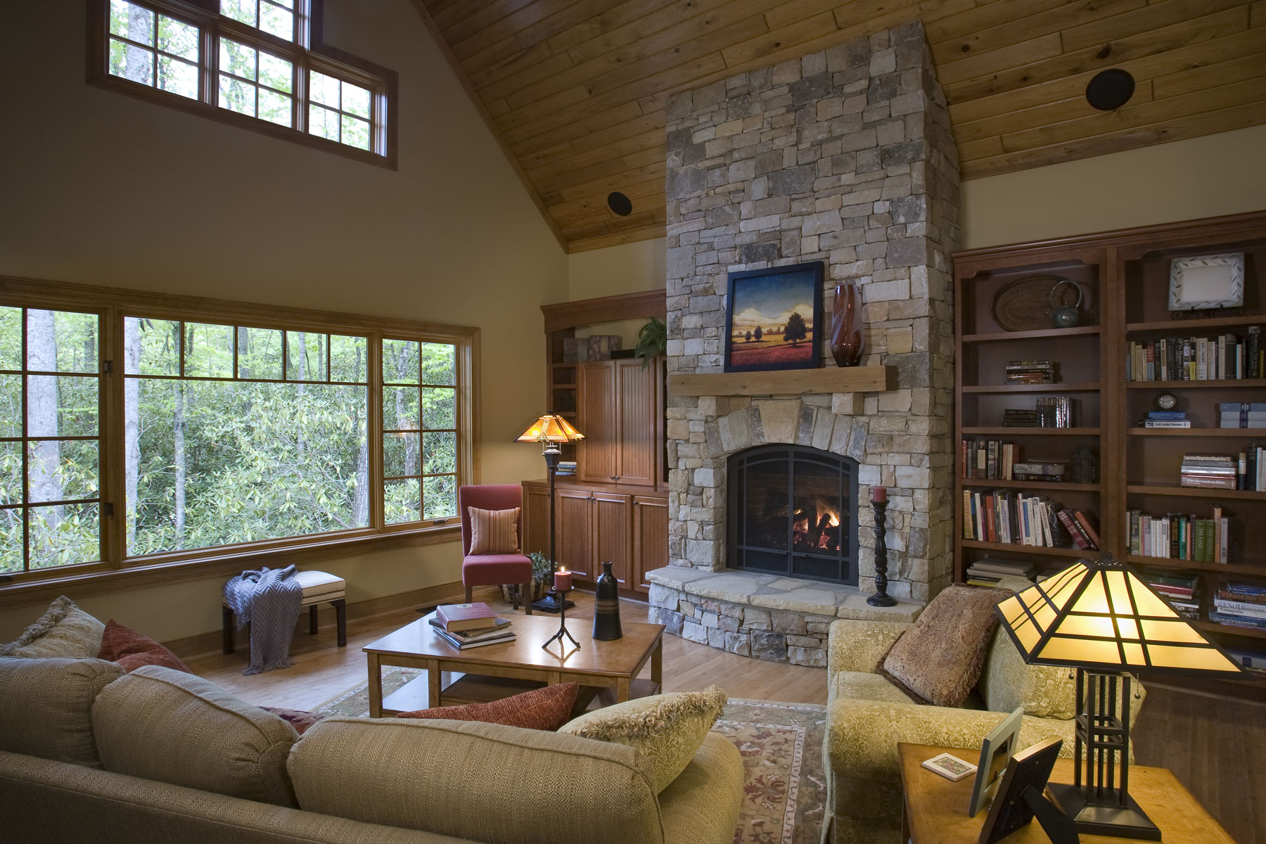 living-room-craftsman-mountain-home