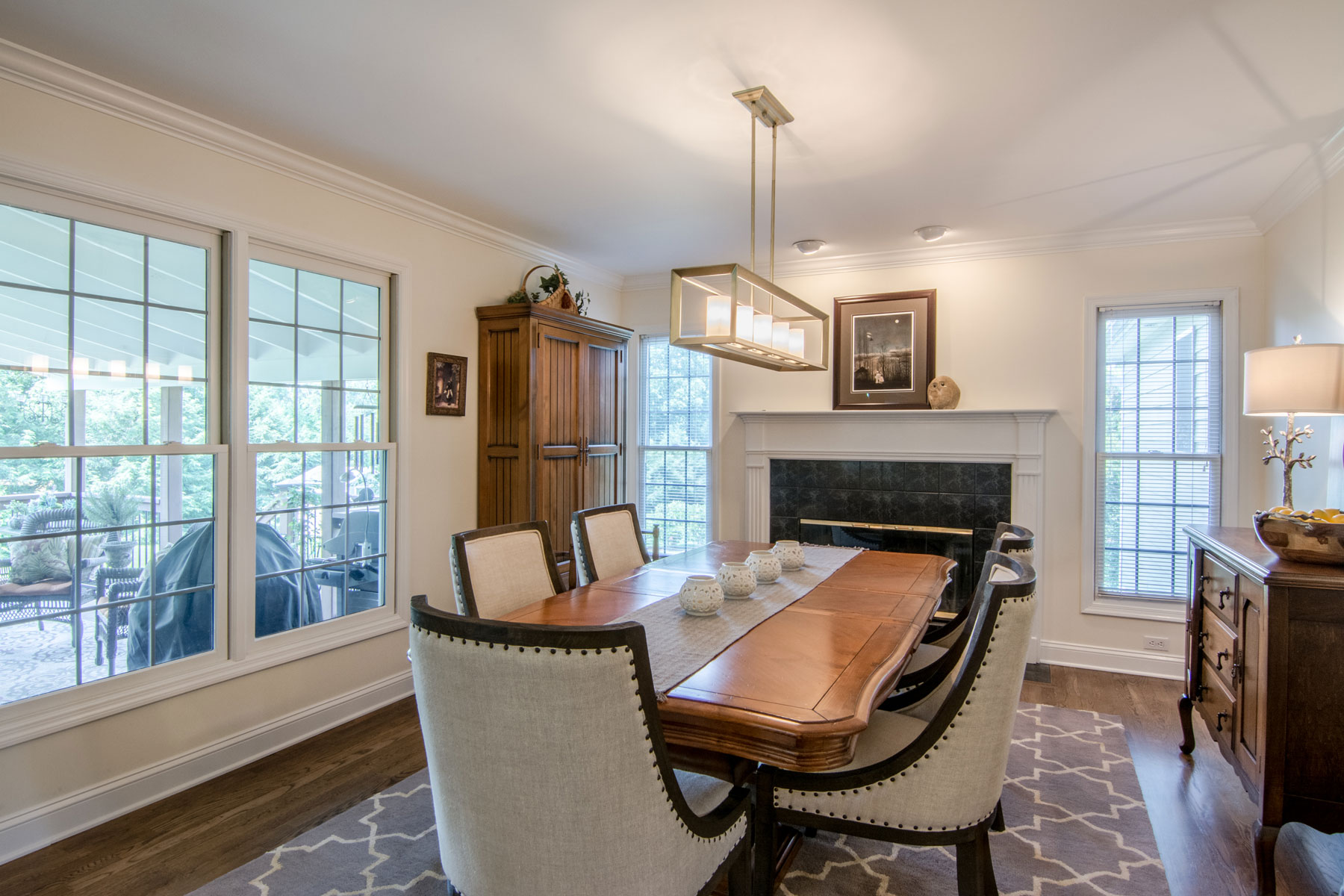 converting-small-family-room-into-dining-room