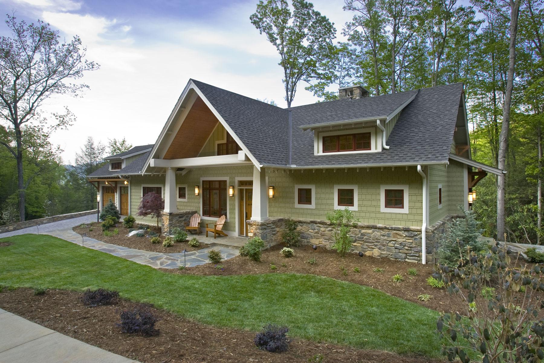 mountain-craftsman-green-building