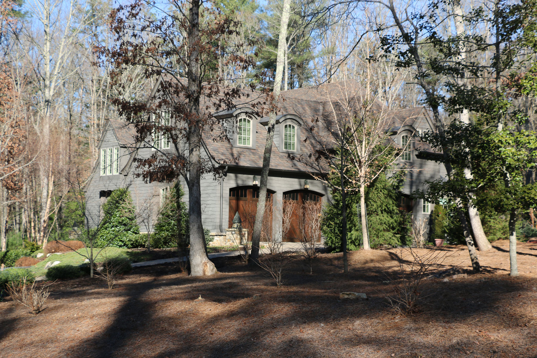 custom-new-home-shingle-style-asheville-car-garage