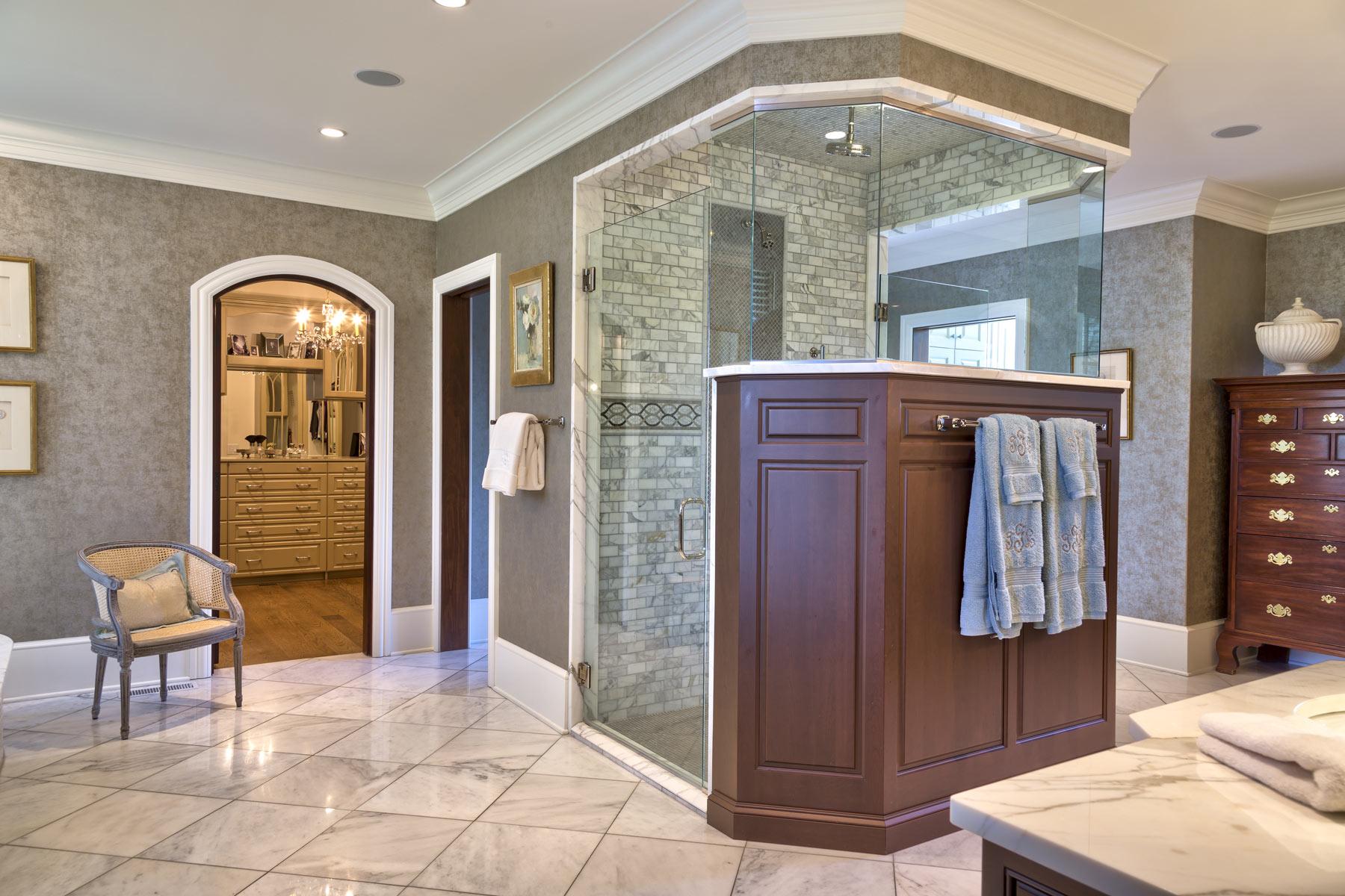 luxury-home-master-bath-shower